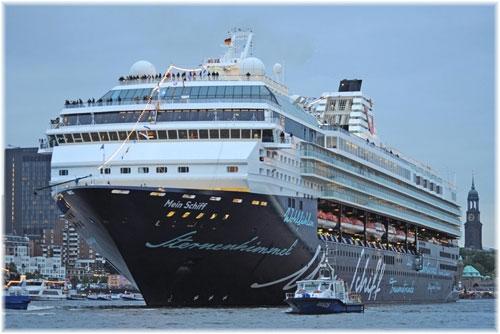 To κρουαζιερόπλοιο Mein Schiff  1 στην Thomson Cruises